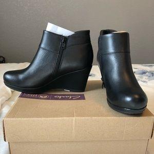 Clark's: booties